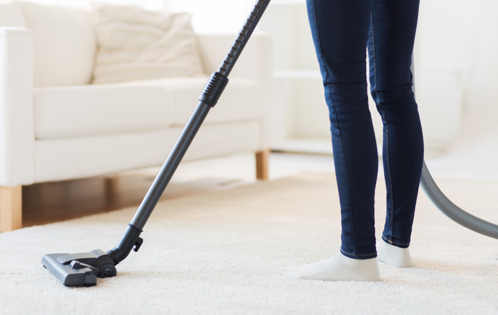 Home Organization Tips - Vacuum Cleaning